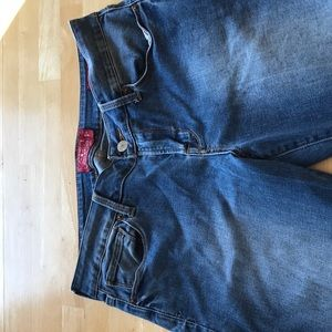 Lucky Brand jeans. Size29/8. Leyla Boot.